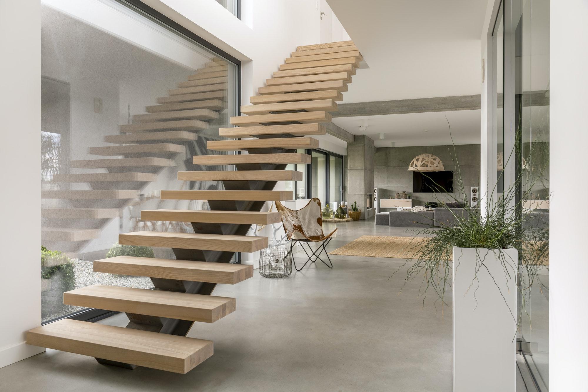 Estructuras Metálicas Escaleras en villa moderna